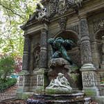 Medici fountain in Jardin du Luxembourg