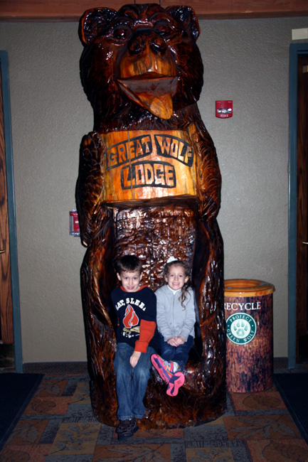 Kids-on-Bear