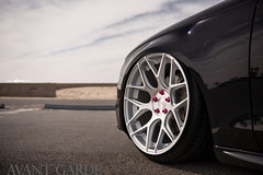 m590-satin-silver-audi-a4-avant-iacrophobia-accuair-wheel