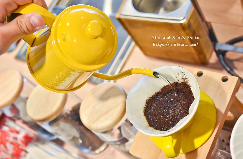 台中亞尼克生乳捲甜點DIY24