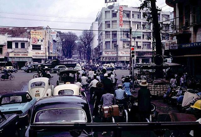 Saigon 1970 - Ngã tư Lê Lợi-Pasteur