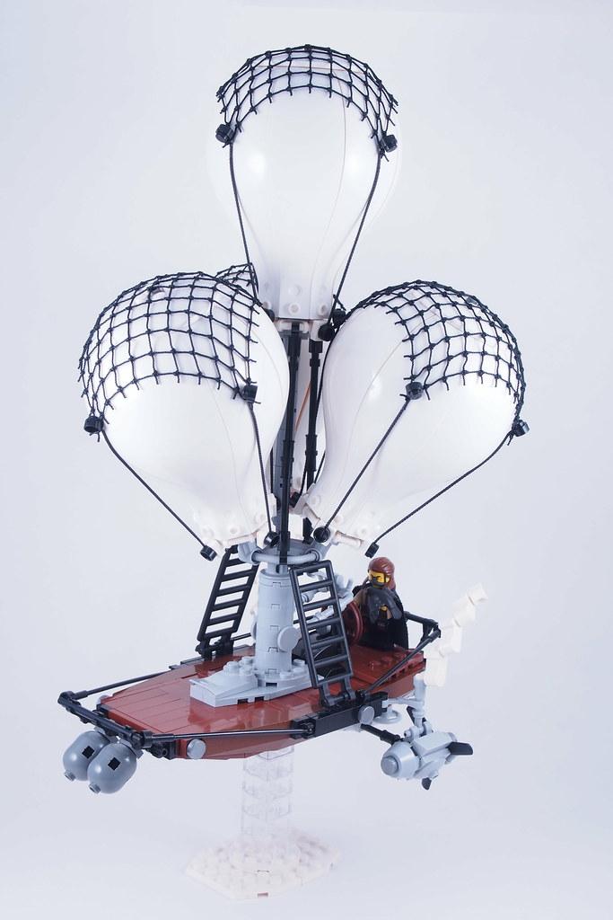 Barcion's Airship (custom built Lego model)