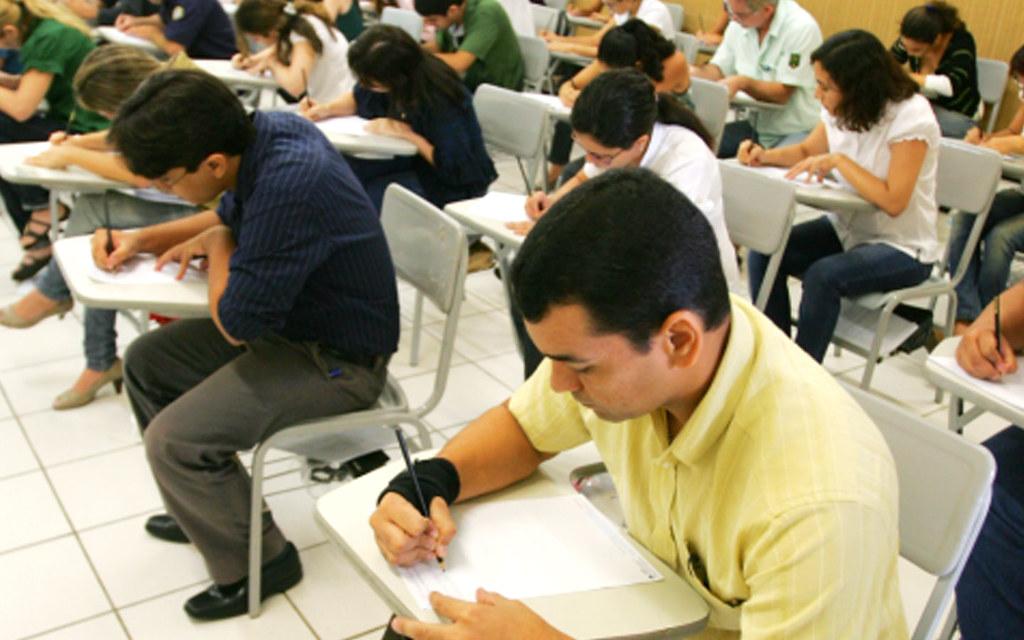 Governo cancela prova para agente de trânsito do Detran, realizada neste domingo, concurso professores