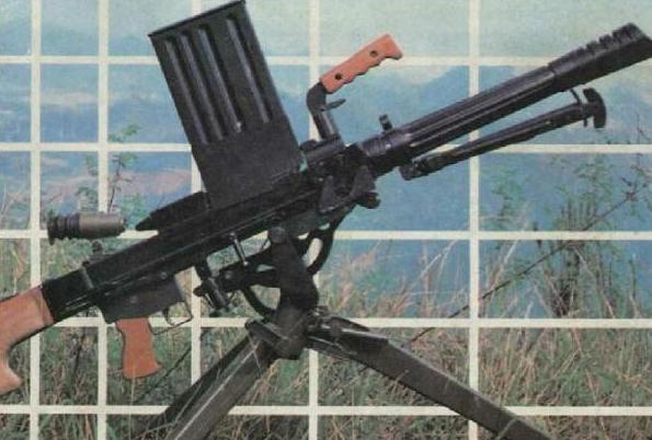 弹匣供弹的W87式35毫米自动榴弹发射器
