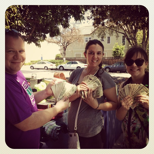 Trash to cash! #yardsale #money #ballers #buymyjunk #myjunkinyourtrunk