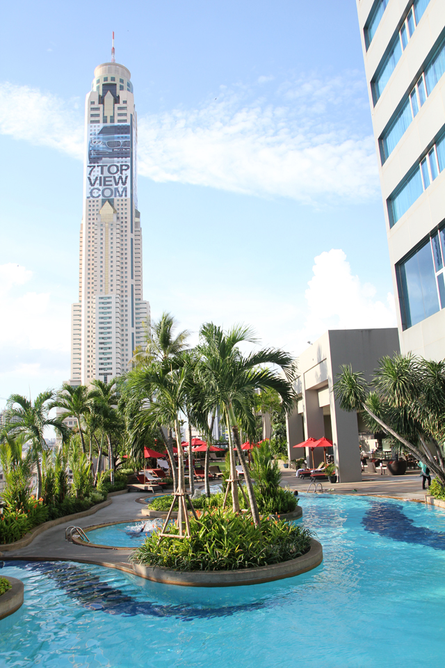 Swimming pool with a view of Baiyoke Tower