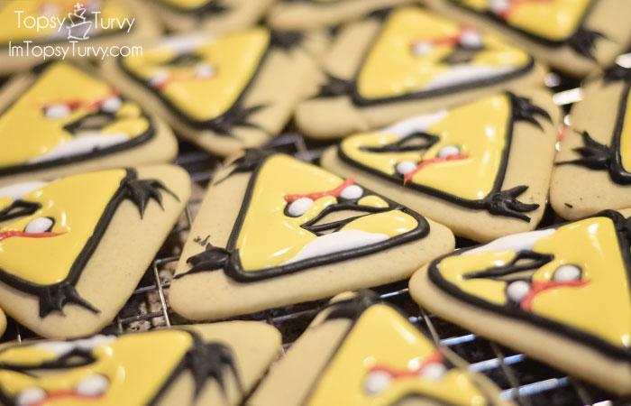 chucks-angry-birds-sugar-cookies-tutorial