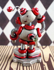 Silver Sis Mini Robot Sculpture