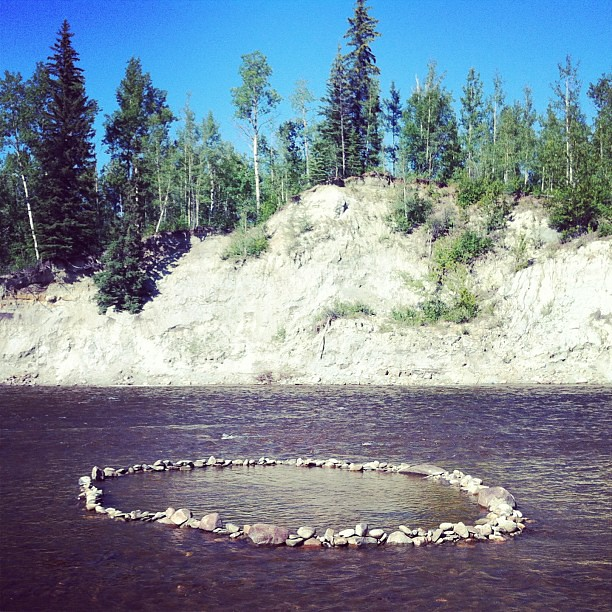 The rock circle I helped @the_naughty_pug and  @jessicat818 and her kids make. Girl power! We were quite proud of ourselves. #pembinariver #alberta #canada #circle #rocks #river
