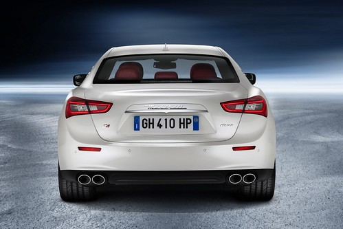 2014 Maserati Ghibli Review Video & Pictures
