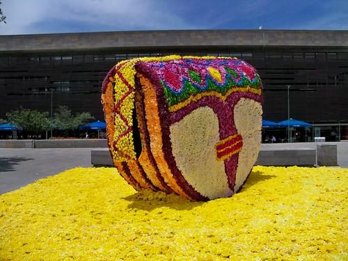 Gigante de flores en Plaza Mayor 2013
