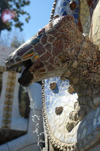 Segunda fuente de la escalinata Park Güell, el icono bonito de Barcelona - 9576341795 aa2fc882d2 - Park Güell, el icono bonito de Barcelona
