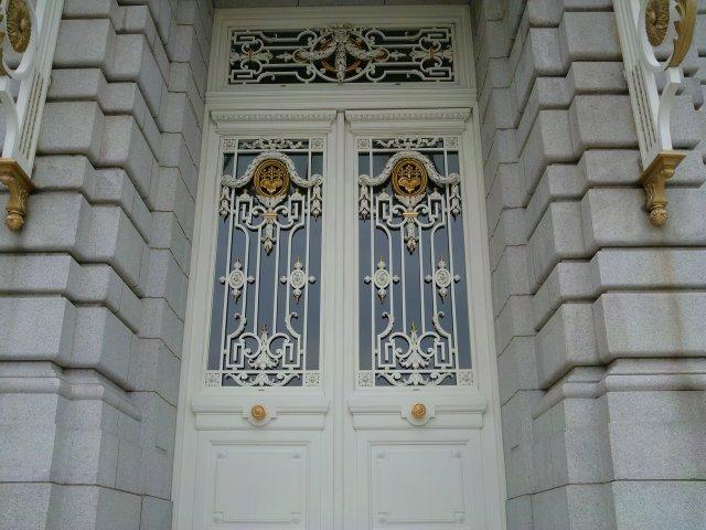 本館東玄関