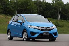2015 Honda Fit Hybrid Japanese Model (1) - SMADEMEDIA.COM MediaGalleria