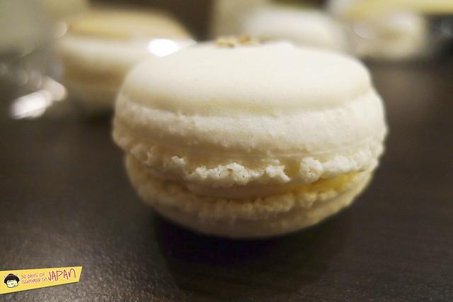 asakusa - japanese macarons - sea salt macaron
