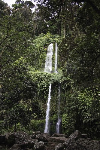 closest waterfall to Senaru