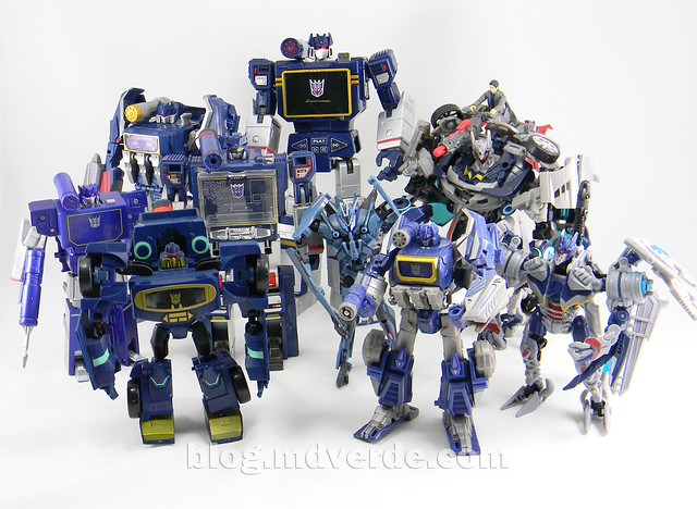 Transformers Soundwave Masterpiece - modo robot vs otros Soundwave