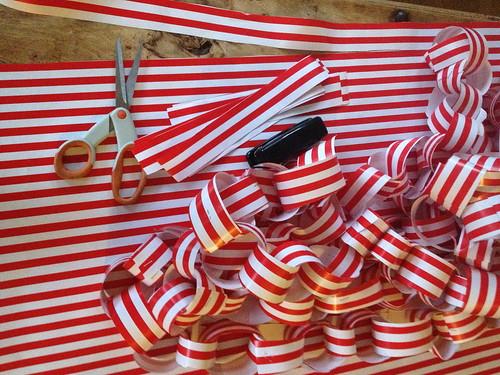 Christmas decorating with kids IMG_5249