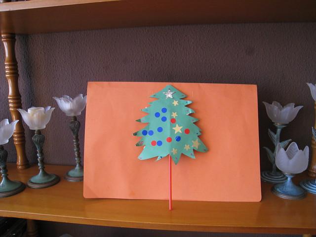 Tarde de Manualidades - Arbol de Navidad de Naiara hecho en clase