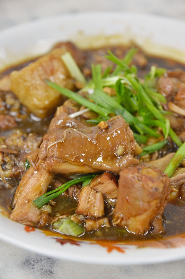 Braised Pig's Tail in Soy Sauce