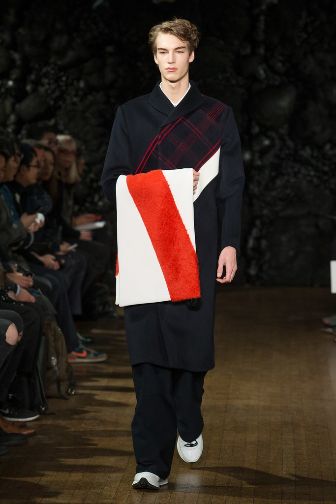 FW14 London Xander Zhou001_Gustav Swedberg(VOGUE)