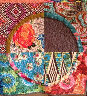 Circle Gets A Square quilt detail