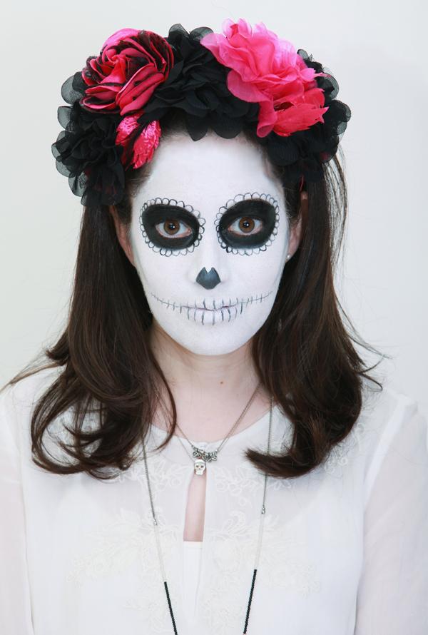 dia de muertos, dia de los muertos, purim, costume, makeup, flower crown, תחפושת, פורים, איפור פורים, יום המתים, בלוג אופנה