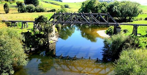 tapanuibranch pomahaka pomahakariver truss bridge trussbridge southland