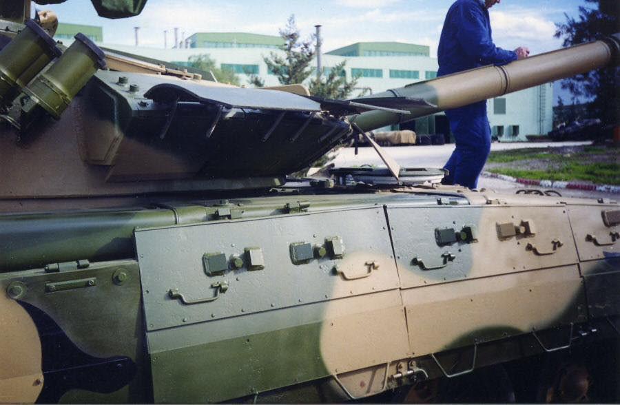 صور دبابات قتال رئيسية الجزائرية T-72M/M1/B/BK/AG/S ] Main Battle Tank Algerian ]   - صفحة 4 33875316400_8a59dbe175_b