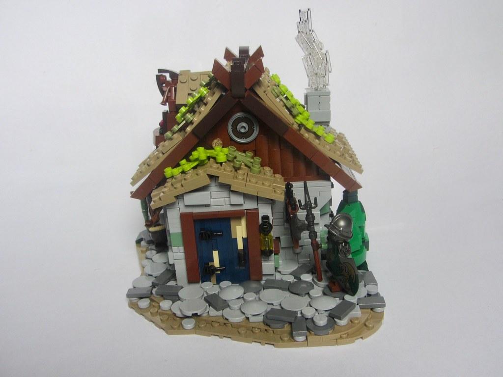 LCBTC-R1: The Phoenix's Feather (custom built Lego model)