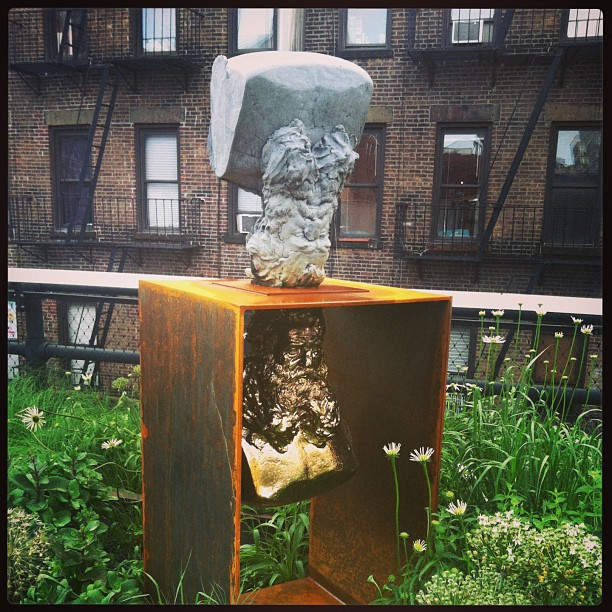 Sculpture in the park #thehighline #nyc #newyork