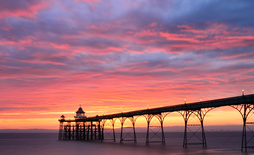 uk sunset red england heritage history night pier nikon long exposure glow cloudy britain somerset historic listed clevedon listedbuilding gradei gradeilistedbuilding grade1listedbuildings d7000 britishlistedbuildings