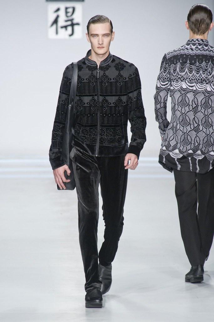 SS14 Milan Ji Wenbo055_Yannick Abrath(fashionising.com)