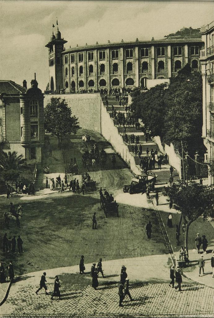 Plaza de toros de San Sebastián, a principios del siglo XX. Autor, Biblioteca Nacional de España