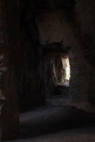 Paphos: alcune tombe