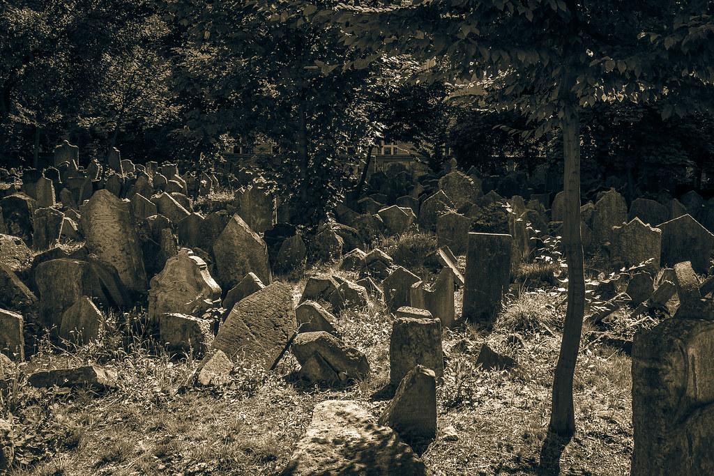 קברים בפראג