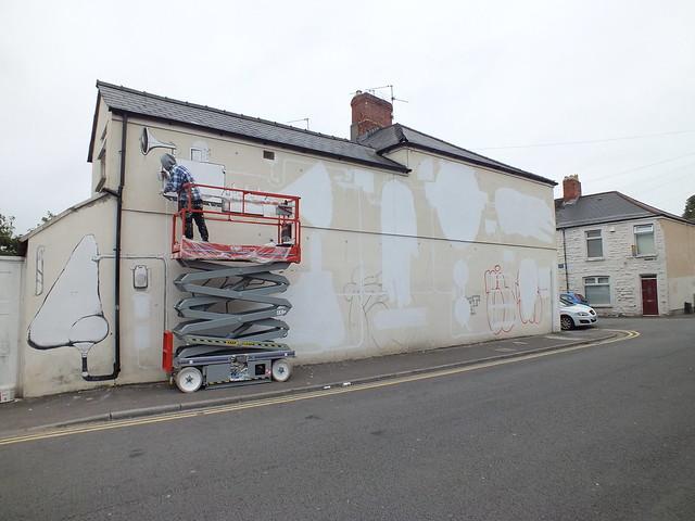 Run street art in Cardiff