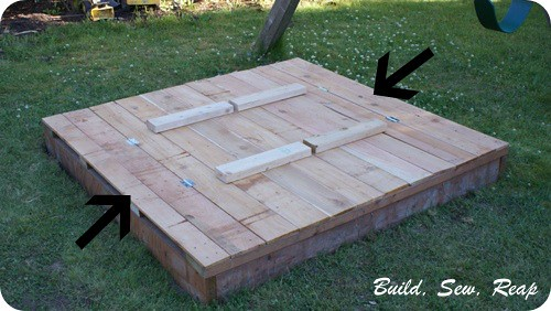 01 - Sanbox lid and benches - end boards
