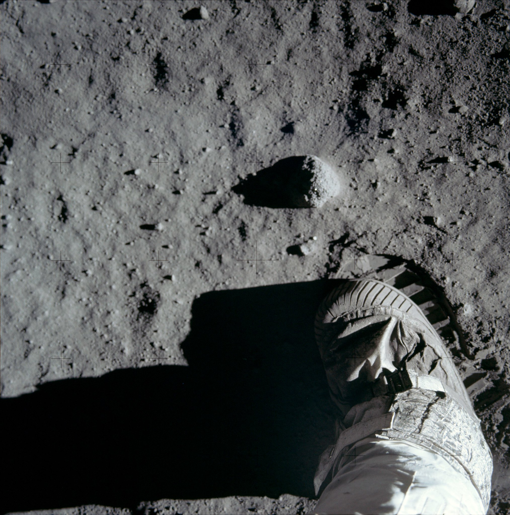 How the Mail covered the moon landings 50 years ago this ... |Moon First Step Onto
