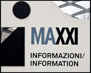 MAXXI / Info sign