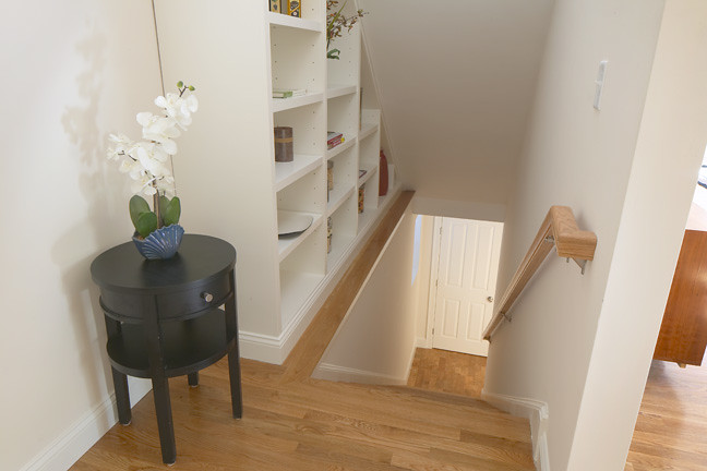 Built-in bookcase and internal stairs - 21 Sciarappa Unit 1, Cambridge, MA
