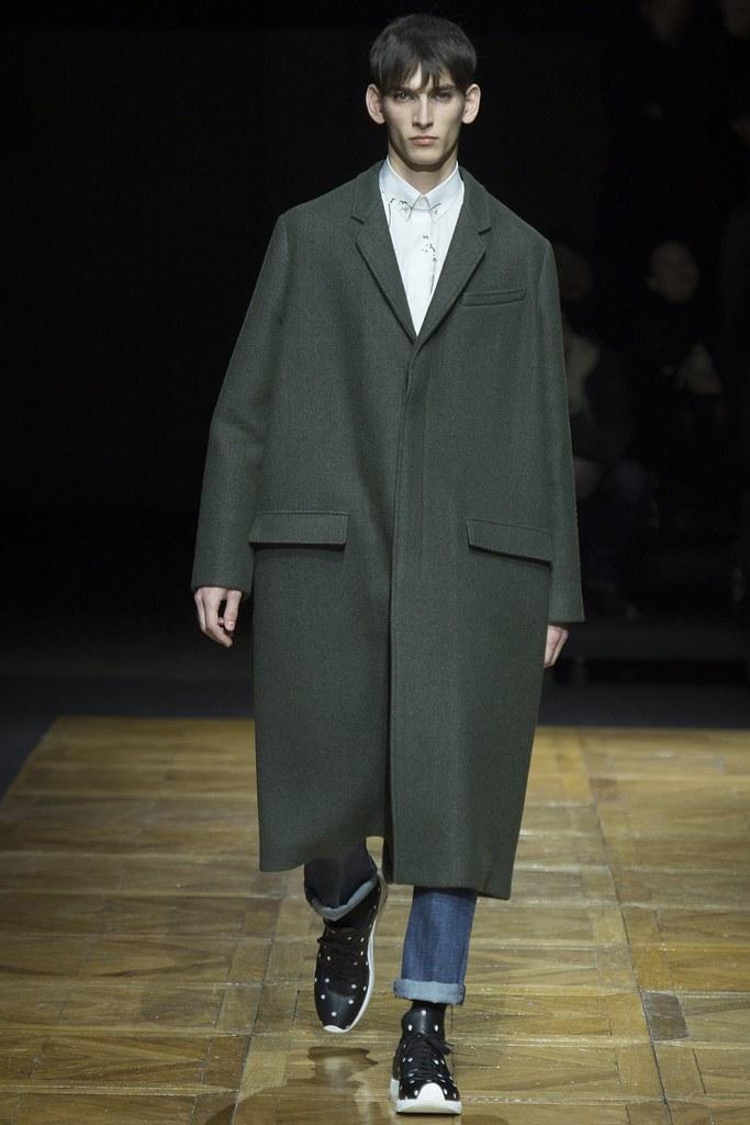 FW14 Paris Dior Homme031_Thibaud Charon(VOGUE)