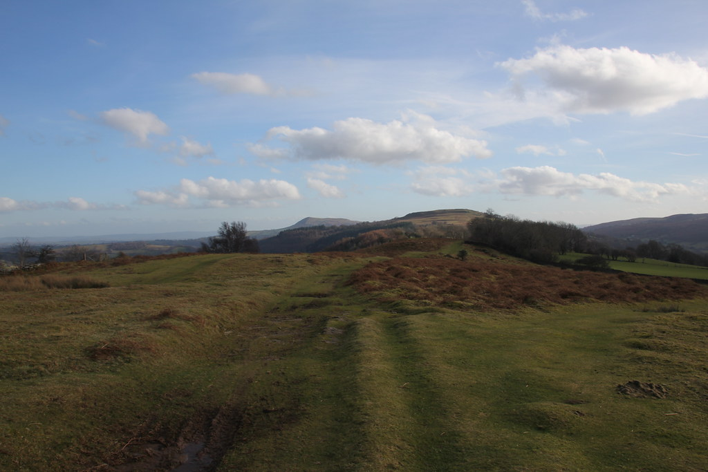 Crug Mawr, black Mountains, patrishow,  Twyn y Gaer Hill Fort, Vale of Ewyas,