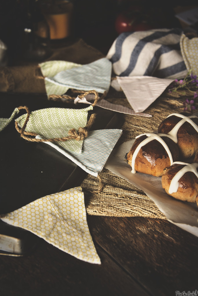 Hot Cross Buns // PasstheSushi.com