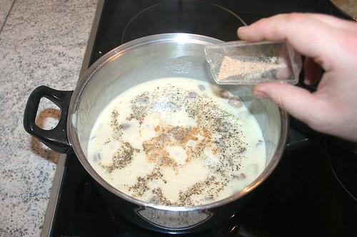 50 - Mit Salz, Pfeffer & Muskatnuss abschmecken / Taste with salt, pepper & nutmeg