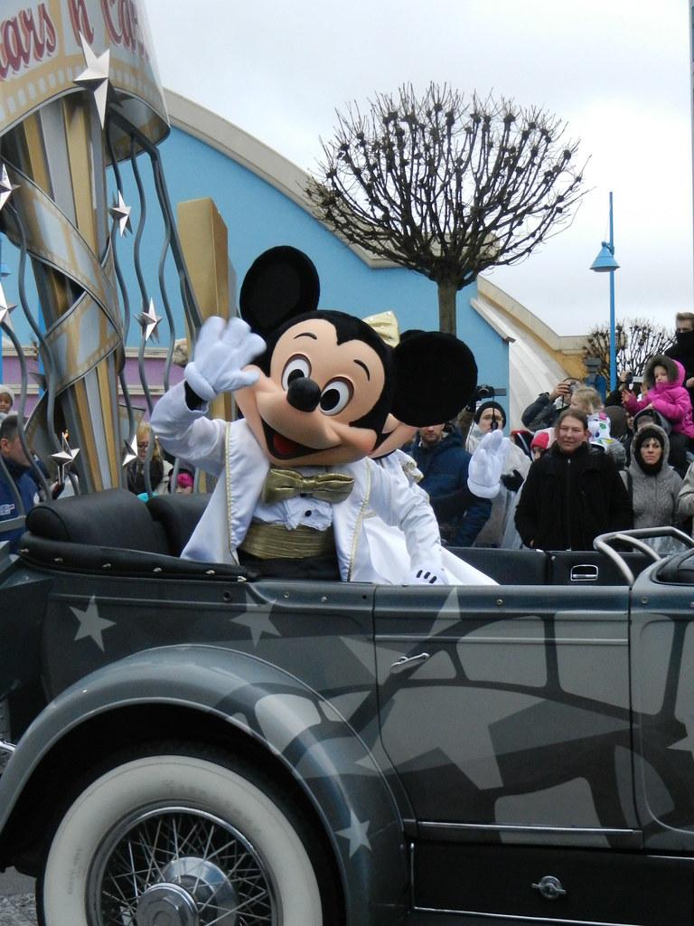 Un séjour pour la Noël à Disneyland et au Royaume d'Arendelle.... - Page 7 13902878453_087ec18712_b