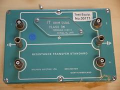 Bristol Hackspace: Dual 1TΩ Resistor