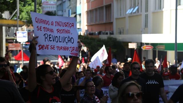 CUT: paralisação é a maior da história; 35 milhões de brasileiros deixam de trabalhar