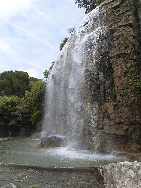 cascade du château
