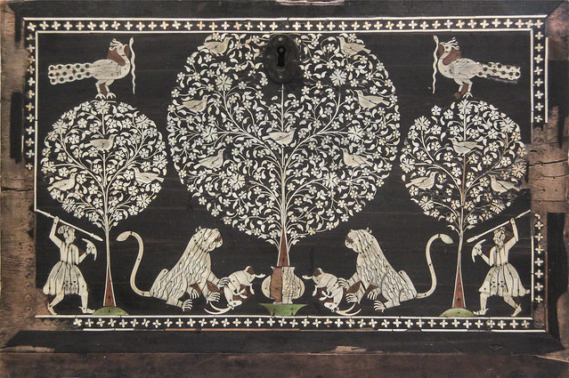 Detached front of a cabinet, about 1605-30, probably India(Gujarat) or Pakistan(Sindh)